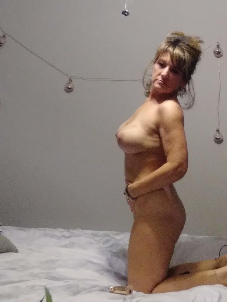 Big boob naked photo-9835