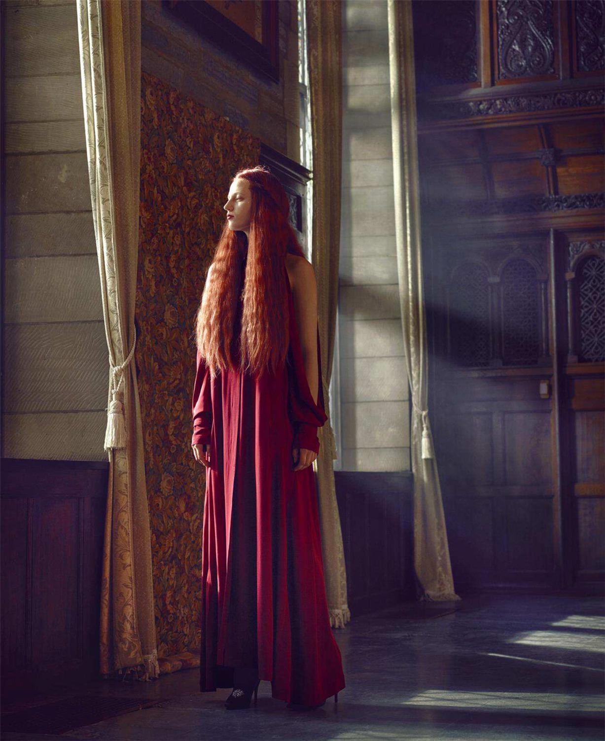 Мария, королева Шотландии и Елизавета I, королева Англии / Julia Banas and Lea Julian by Mark Seliger / Harper's Bazaar US september 2018