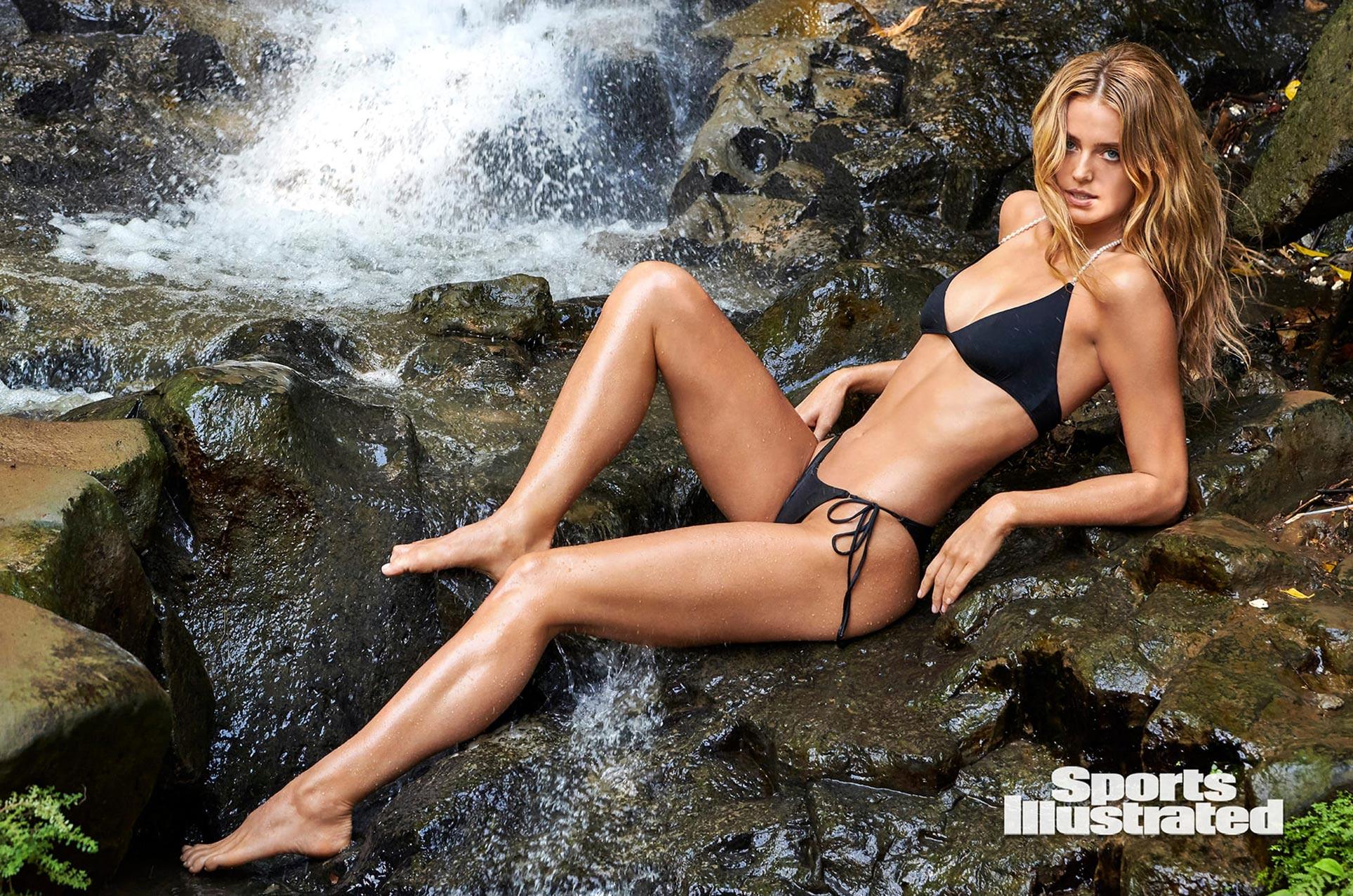 Кейт Бок в каталоге купальников Sports Illustrated Swimsuit 2020 / фото 06
