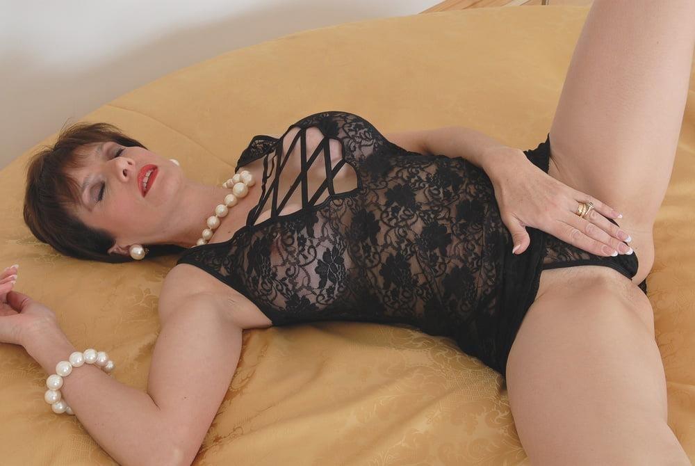 Lady sonia anal porn-7828