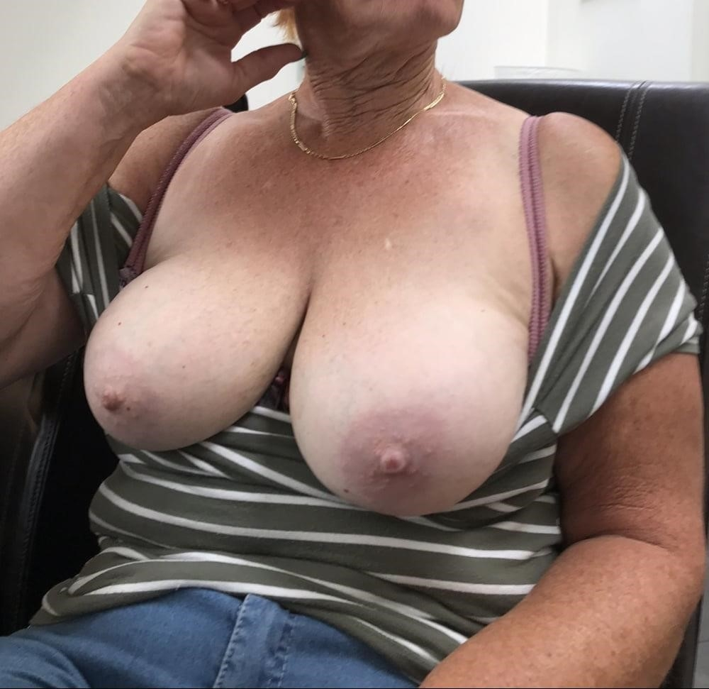 Nice sexy big tits-3374