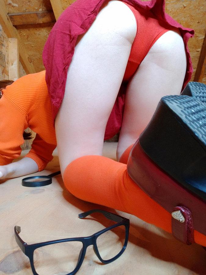 Velma cosplay xxx