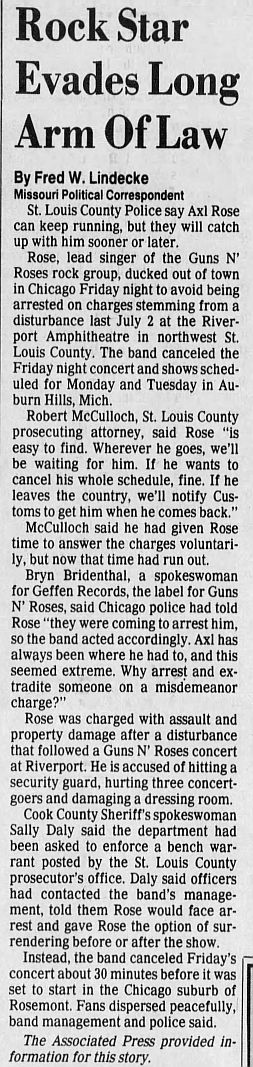 1992.04.11/16 - Chicago Tribune/AP/The St. Louis Post Dispatch - Reports (Axl) PKxTXyws_o