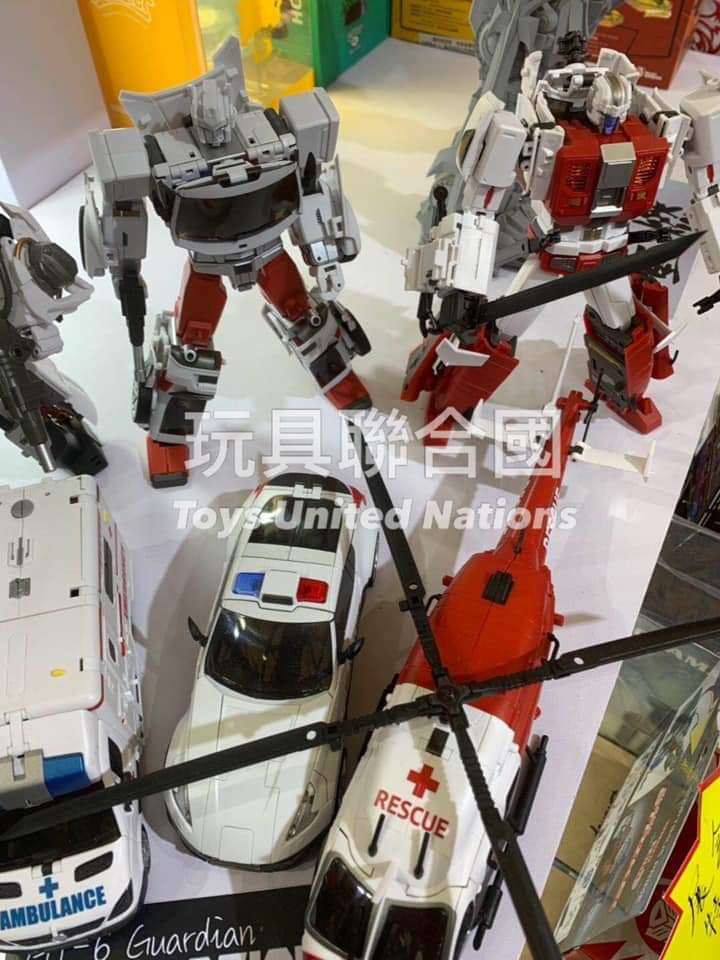 [Generation Toy] Produit Tiers - Jouet GT-08 Guardian - aka Defensor/Defenso - Page 3 4CEsNMAB_o