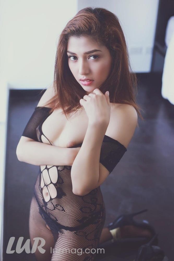 Hd big boobs pic-5913