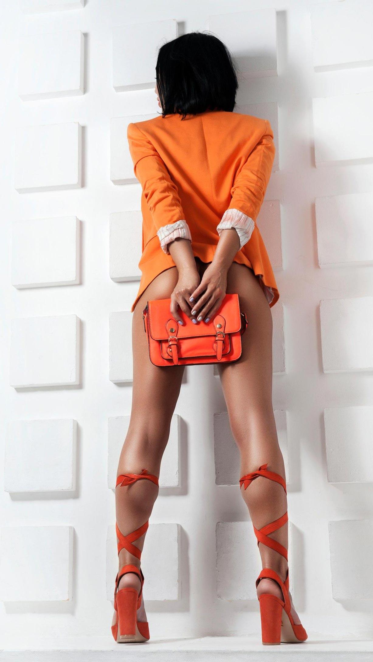 Олеся Левина и оранжевая мода / фото 05