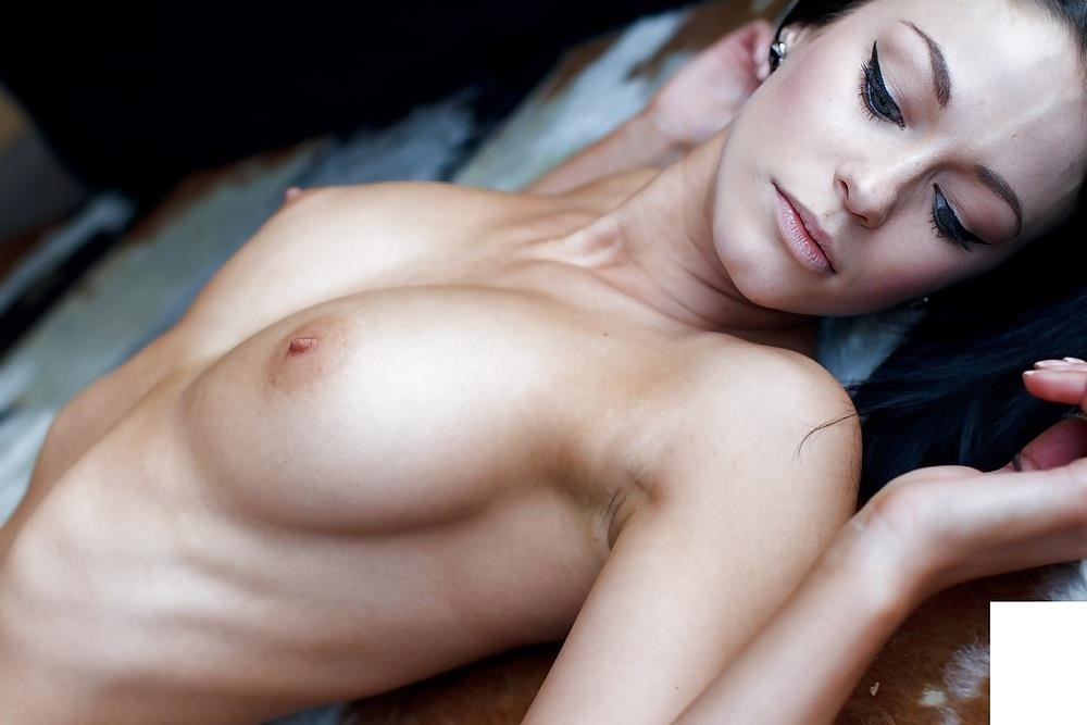 Sexy topless boobs-9641