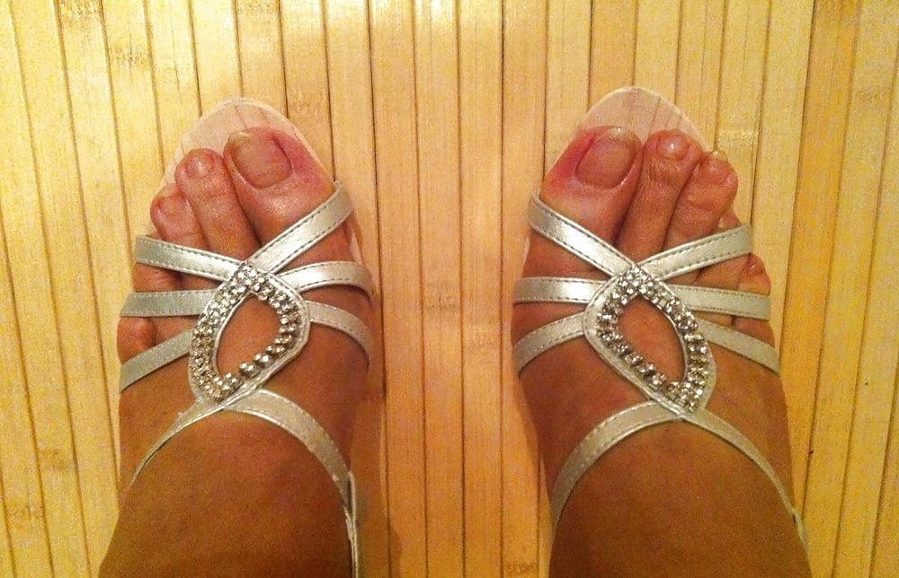 Natural tits high heels-5172