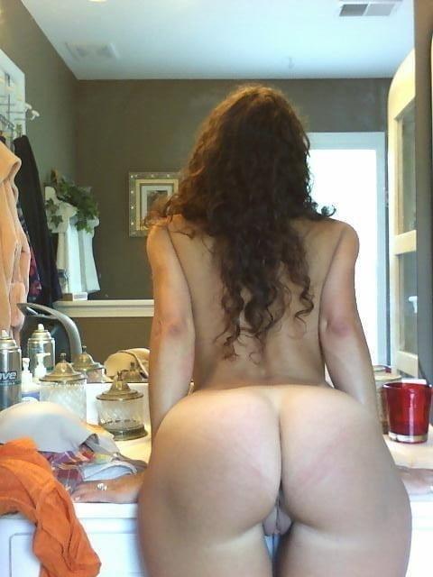 Free brunette milf pics-8435