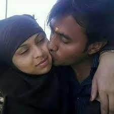 Desi kissing girl-9055