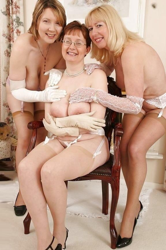 Nude mature lesbians-5457