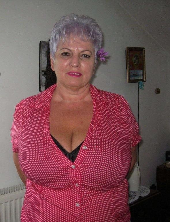 Busty granny porn pics-2966