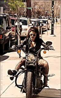 Marie Avgeropoulos BRk2tmWJ_o