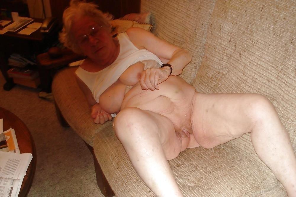 Chubby old granny porn-2477
