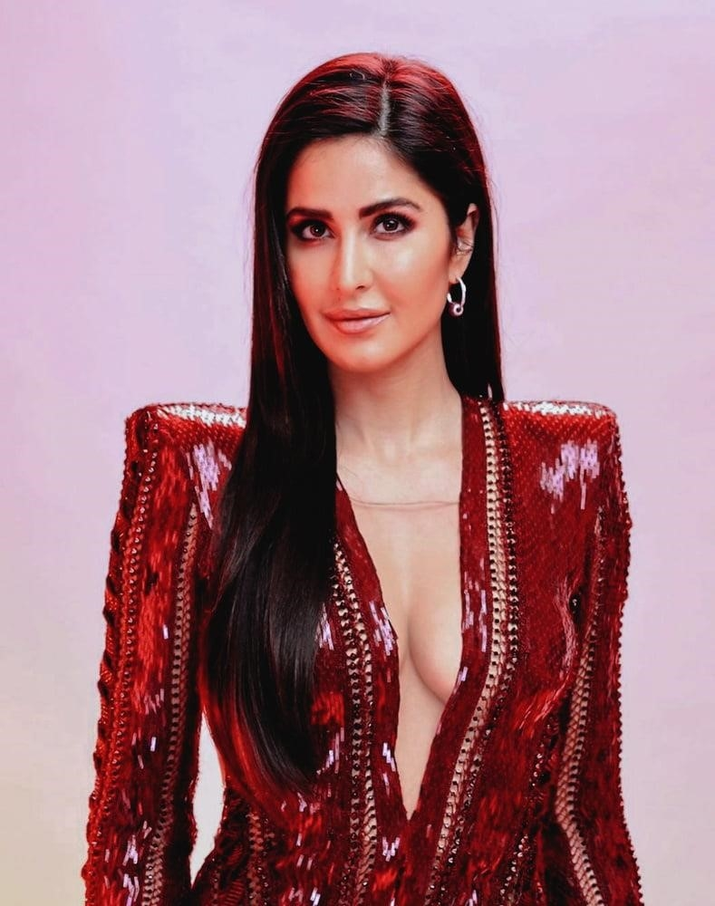 Katrina kaif sister leaked mms-7779