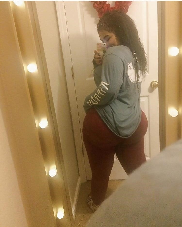 Thick black booty solo-6307