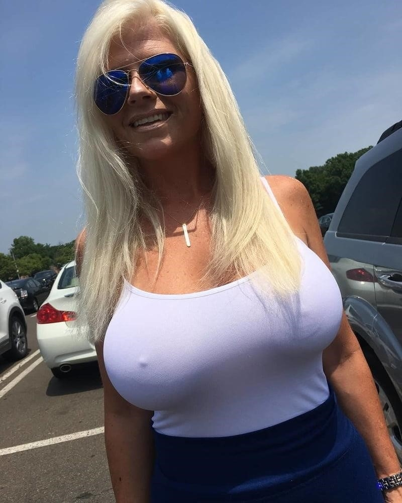 Huge boobs bukkake-1524