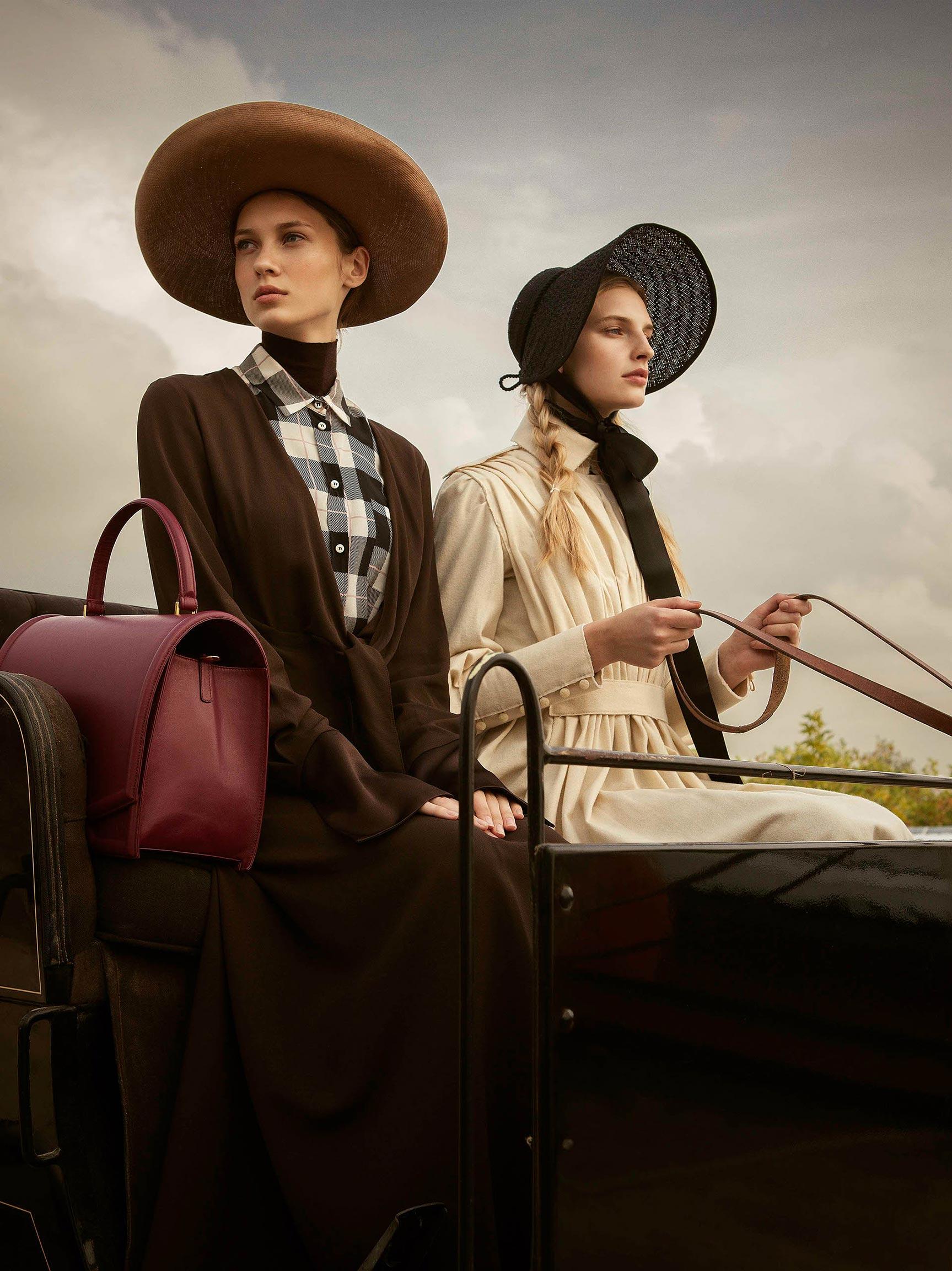 Амиши / Ieva Palionyte and Marie Konor by Santi Esteban / Mujerhoy Magazine