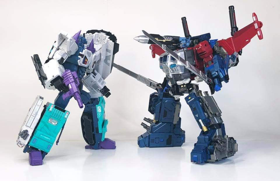 [FansHobby] Produit Tiers - MB-06 Power Baser (aka Powermaster Optimus) + MB-11 God Armour (aka Godbomber) - TF Masterforce - Page 4 LFk6g0Mt_o