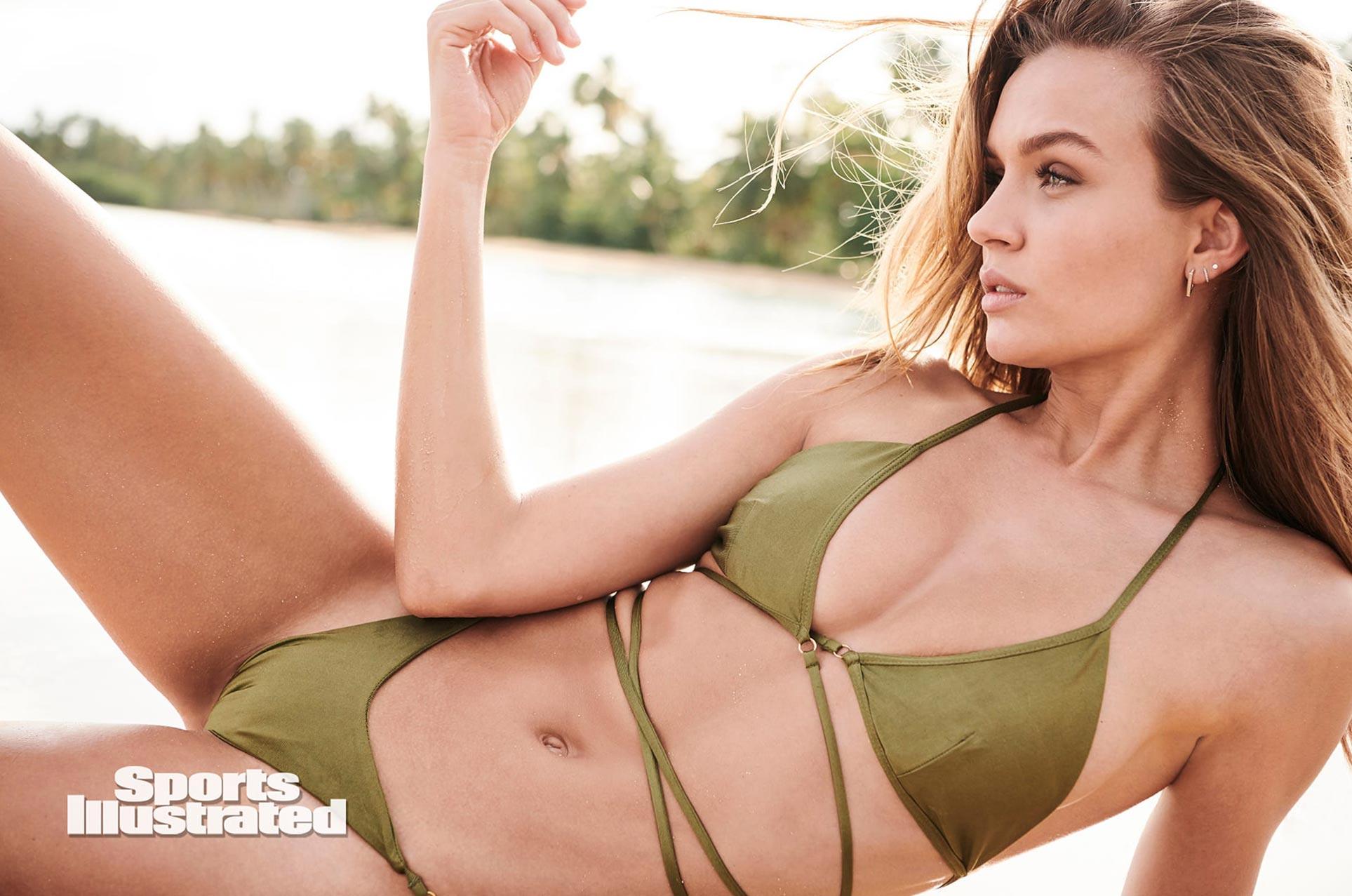 Жозефин Скривер в каталоге купальников Sports Illustrated Swimsuit 2020 / фото 04
