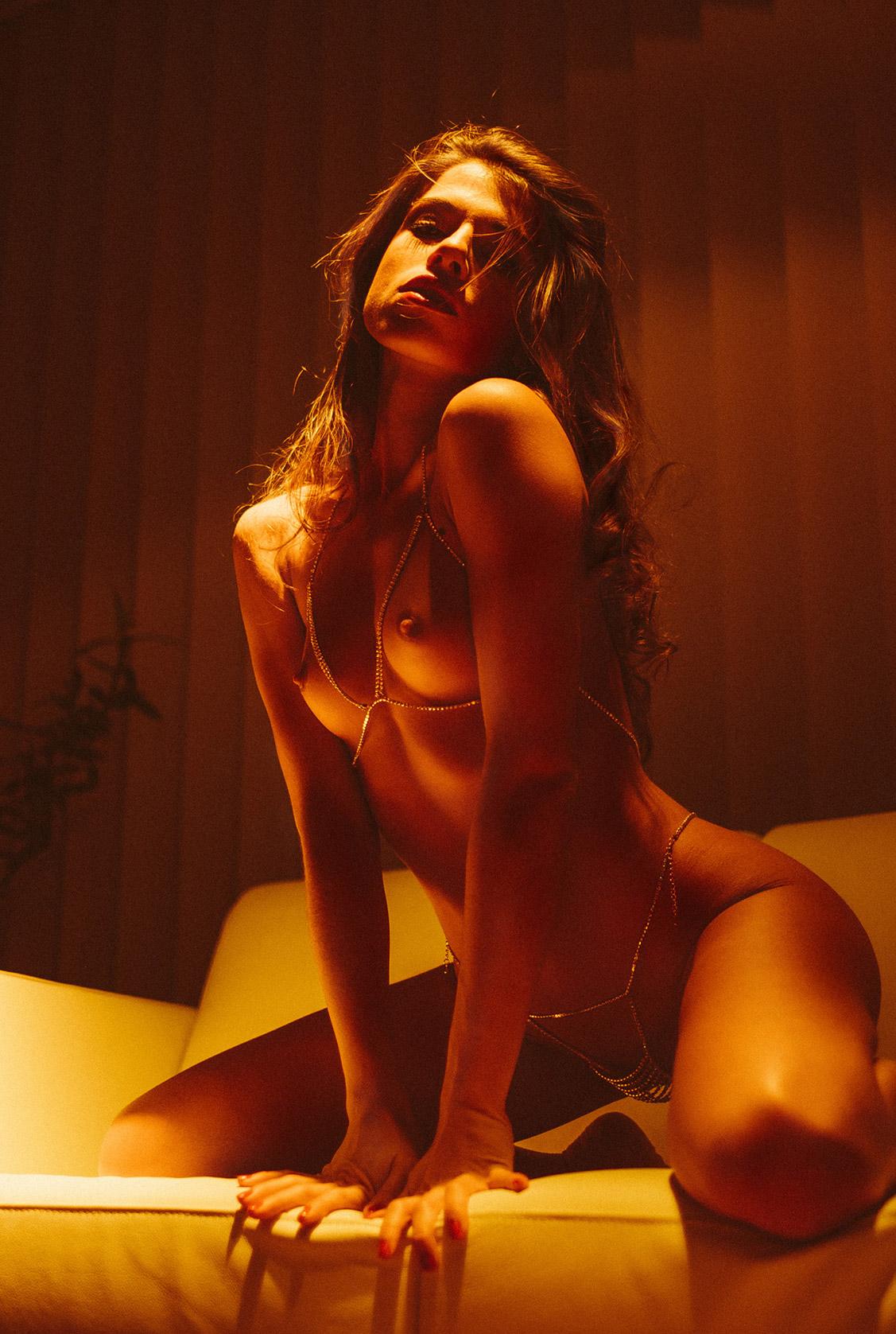 Nightcrawlers - Chiara Bianchino nude by Julien LRVR / Yume Magazine