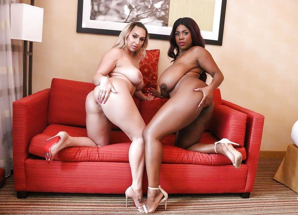 Curvy lesbian pics-9097