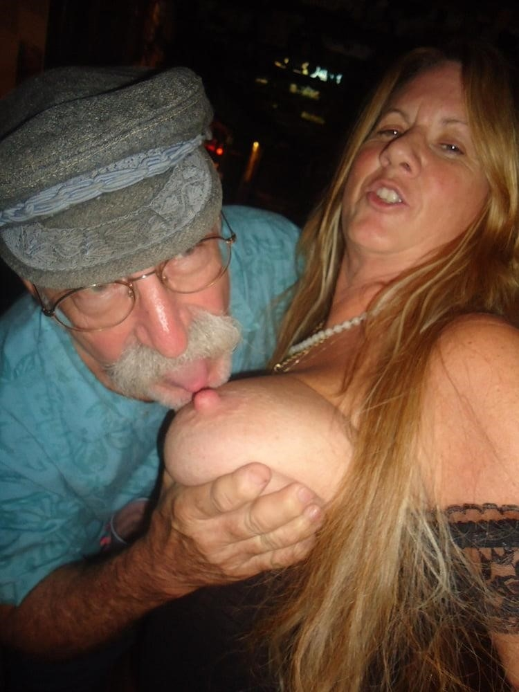 Hot girl with old guy-1604