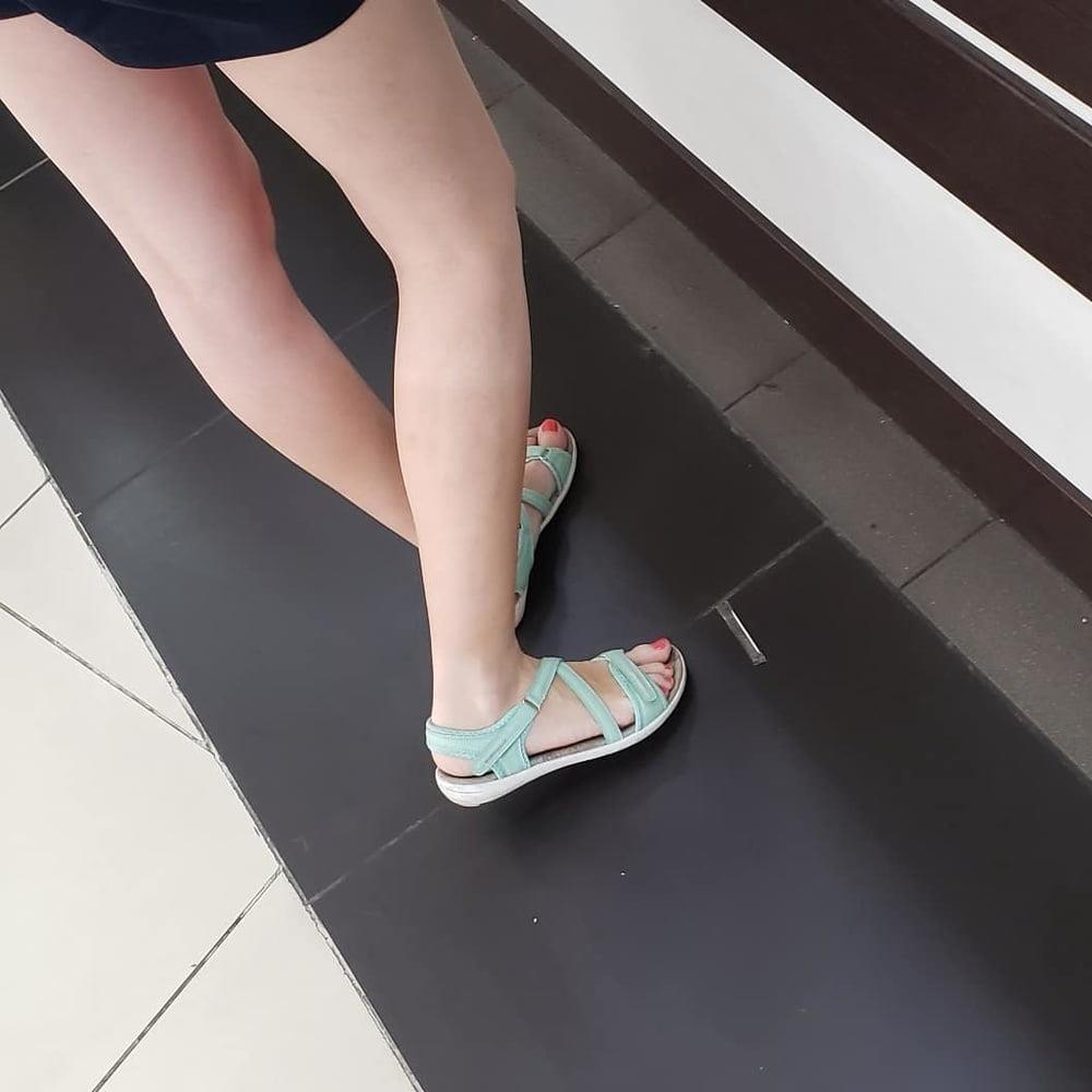 Candid feet porn-1393
