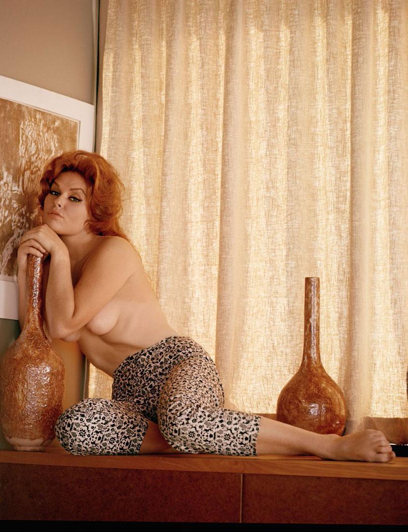рыжие сексуальные красавицы в журнале Playboy - Ginger Young