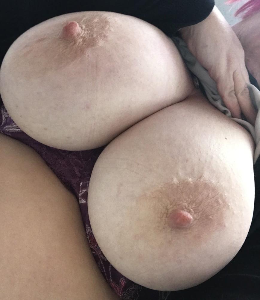 Lesbian big tit pic-7337