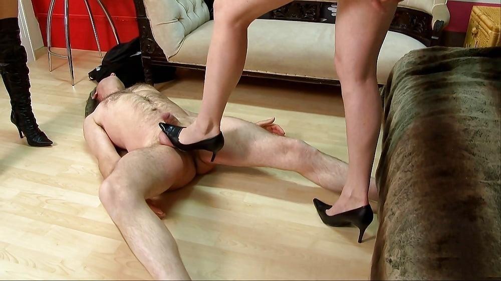 Ladies foot sex-2400