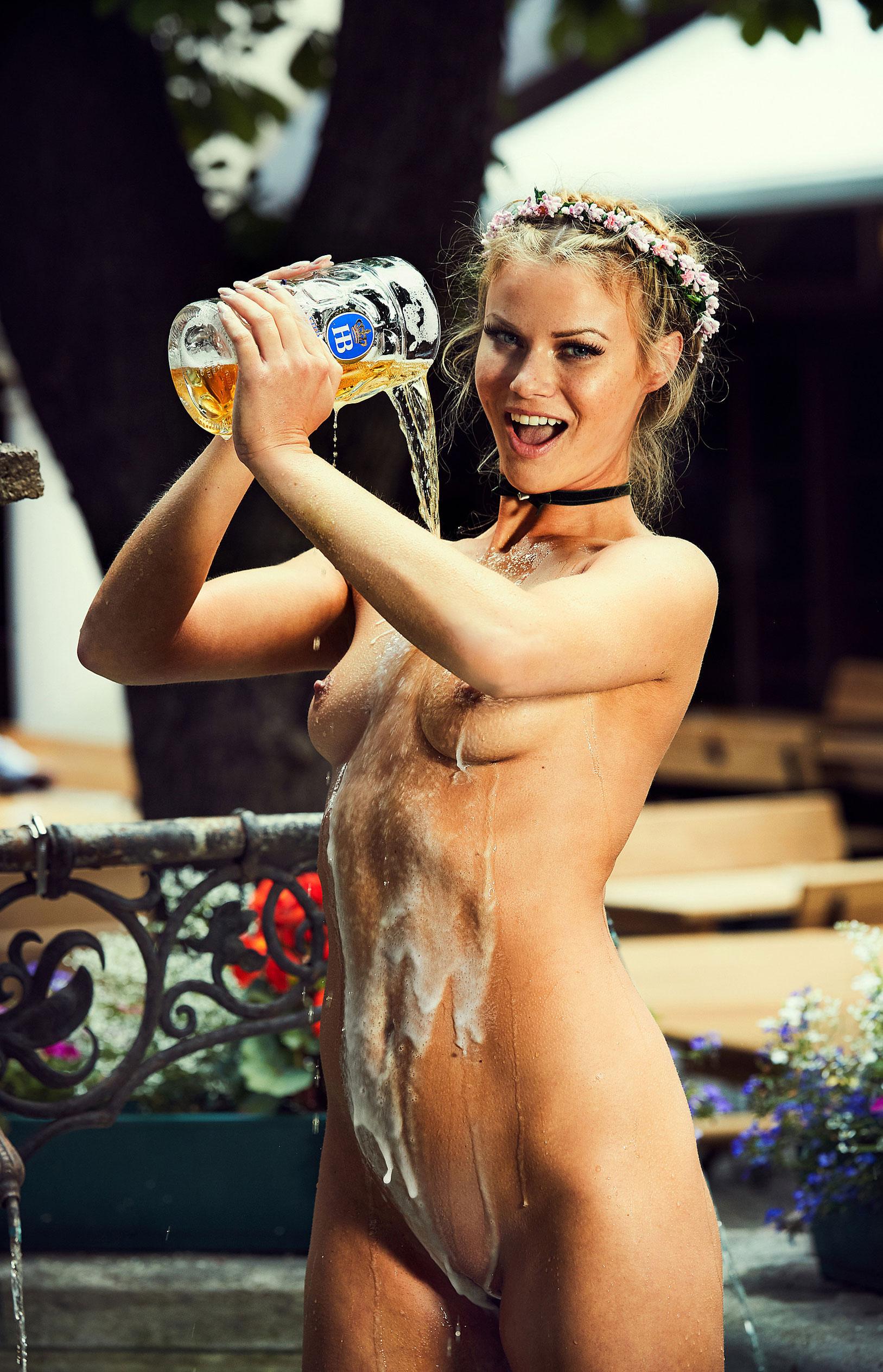 Наташа Хофманн - Мисс Октоберфест Playboy Германия / фото 12