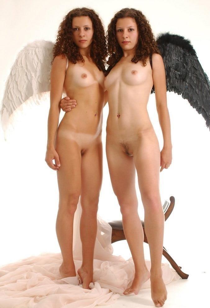 Nude twin selfies-6483