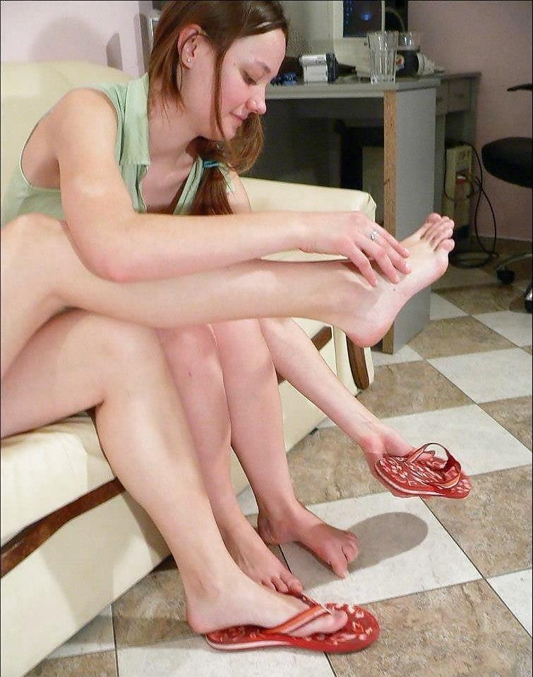 Japanese lesbian feet worship-6080