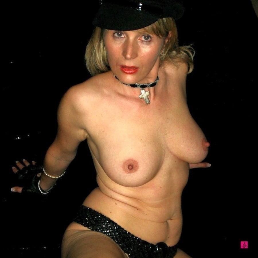 Natural tits nipples-7323