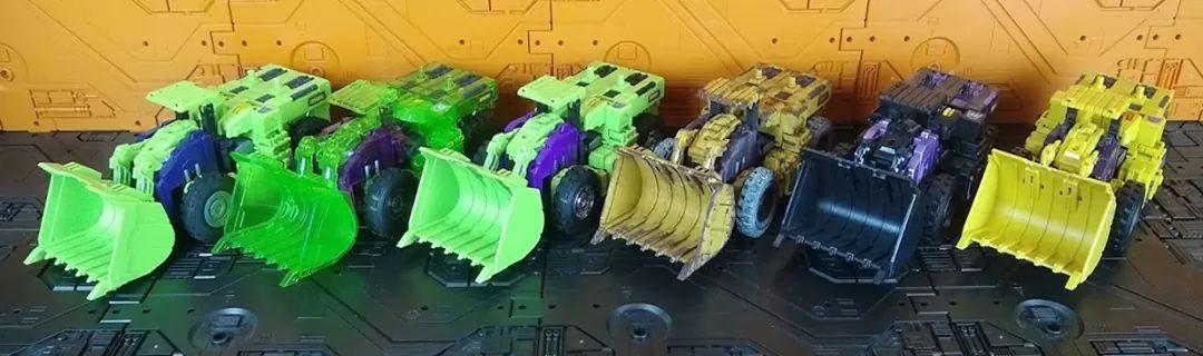 [Toyworld] Produit Tiers - Jouet TW-C Constructor aka Devastator/Dévastateur (Version vert G1 et jaune G2) - Page 11 8vMfEFMn_o