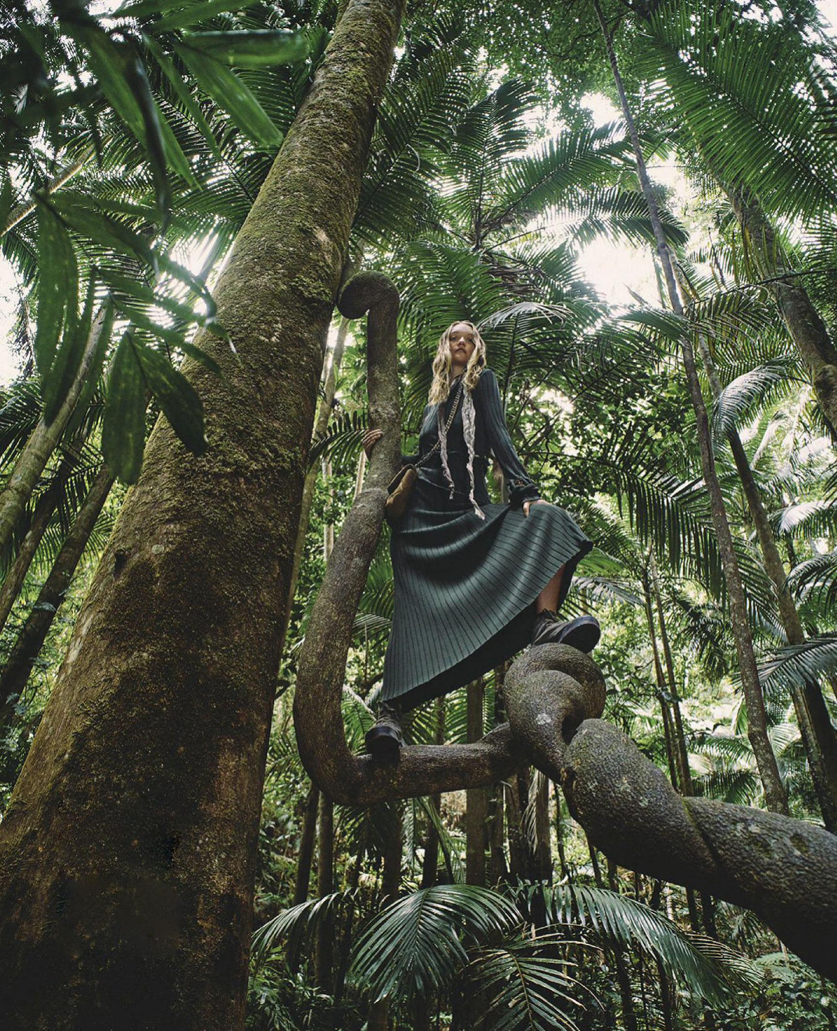 Джемма Уорд с семьей путешествует по лесам Нового Южного Уэльса / фото 06