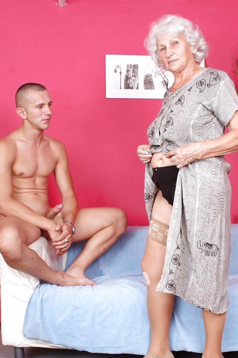 Teen and granny lesbian-1352