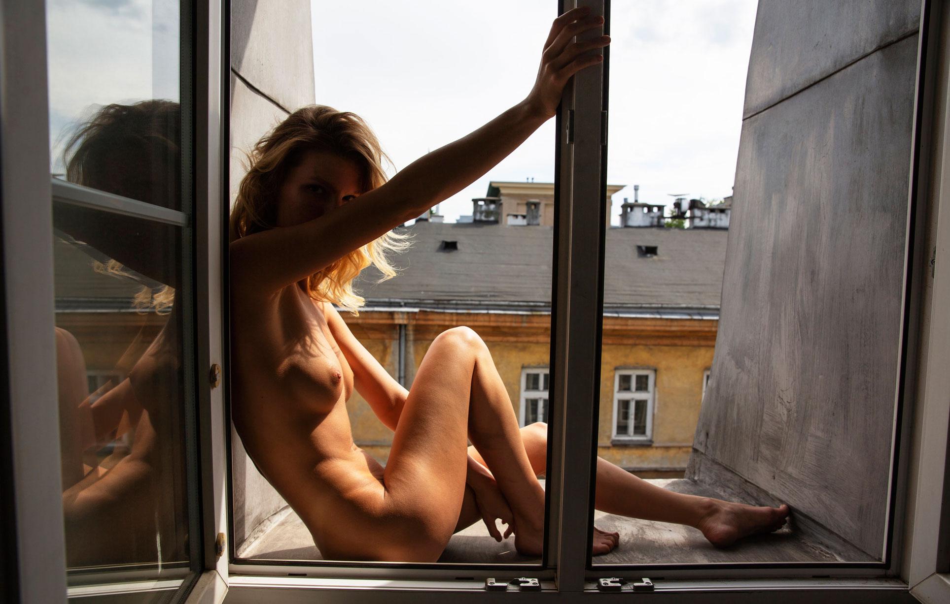 Angela Olszewska nude by Lukasz Dziewic