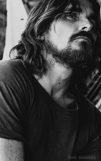 Christian Bale - Page 2 Mctzon9D_o