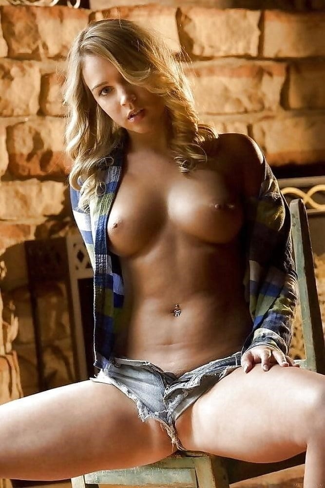 Young very sexy-5411