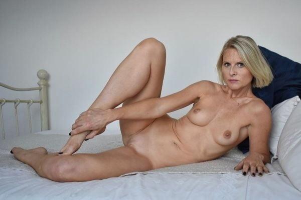 Free pics naked mature women-4827