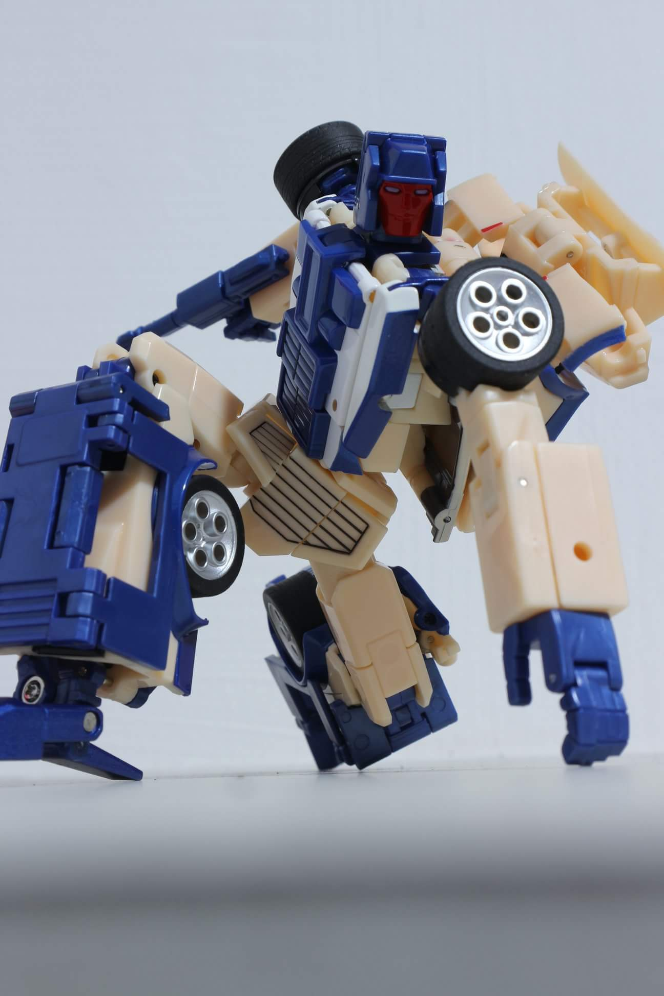 [X-Transbots] Produit Tiers - Jouets Berserkars forme Monolith (MX-XIII à MX-VII) - aka Stunticons forme Menasor/Menaseur - Page 2 JlXdJX2r_o