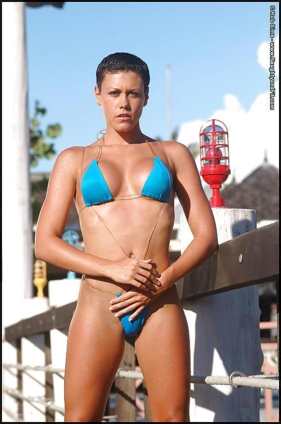 Beautiful fit naked women-3922