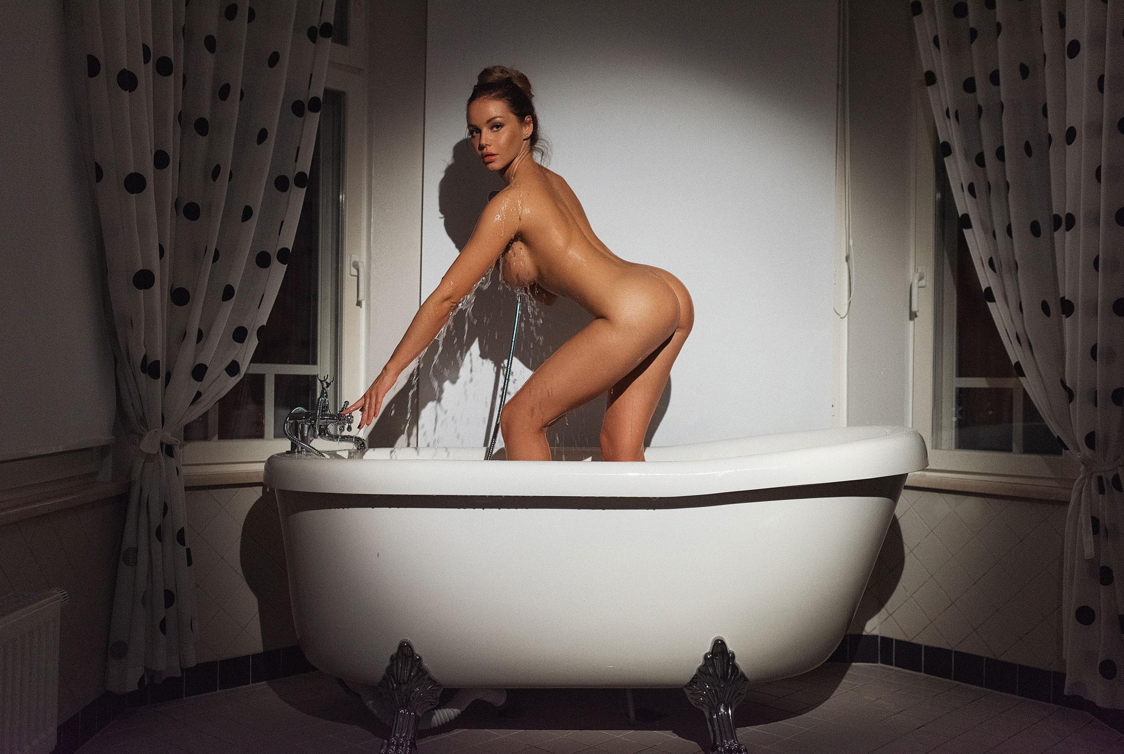 Сексуальная Кира (@angel_milkis) принимает ванну / фото 05