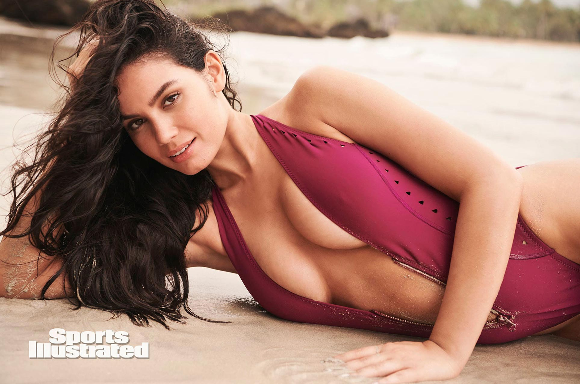 Энн де Паула в каталоге купальников Sports Illustrated Swimsuit 2020 / фото 04