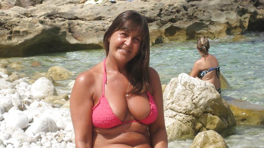 Naked young big tits-3565