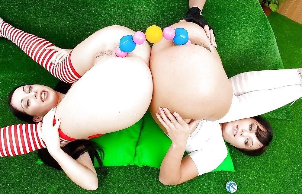 Lesbian anal porn pic-2129