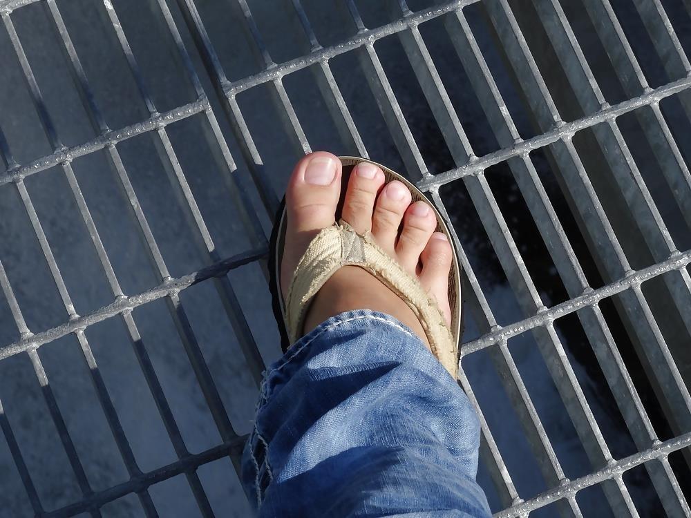 Sniffing feet fetish-2283