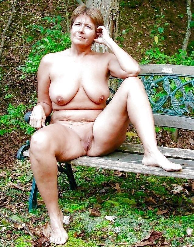 Mature bbw naked-3276